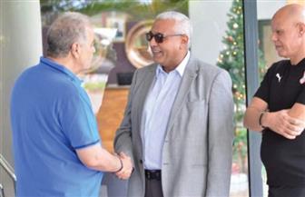 السفير المصري ينهي أزمة دخول الجالية المصرية لمباراة الزمالك وزيسكو