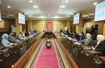 محافظ كفرالشيخ يبحث مشاكل المواطنين ويستعرض معوقات القطاع الصحى مع أعضاء مجلس النواب