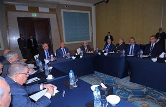 وزير النقل ورئيس المنطقة الاقتصادية يبحثان المخطط الشامل للموانئ البحرية | صور