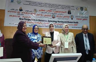انطلاق فعاليات المؤتمر الدولي الأول لقسم تمريض النساء والولادة بالزقازيق | صور