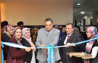 رئيس جامعة كفر الشيخ يفتتح معرض فن «الكويلينج» لطلاب الفرقة الأولى بالتربية النوعية | صور