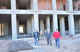 رئيس جامعة كفر الشيخ يتفقد إنشاء مبنى المدرجات المركزية ومستشفى الطوارئ | صور