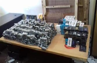إحباط تهريب ملابس وأدوية ومستحضرات تجميل بـ 236 ألف جنيه في ميناء سفاجا البحري| صور