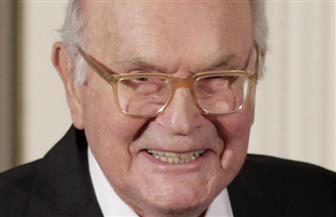 وفاة المخرج الأوبرالي الأسطوري هاري كوفر بعد صراع مع المرض عن 84 عاما
