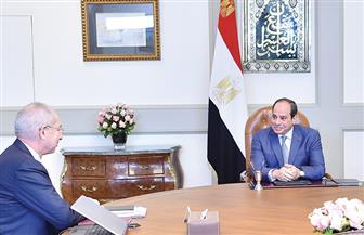 الرئيس السيسي يجتمع مع رئيس الهيئة العامة للمنطقة الاقتصادية لقناة السويس