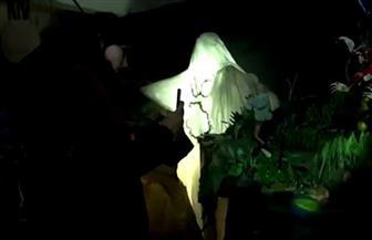 مخرج أوكراني يستخدم النفايات البلاستيكية في إنتاج وتصوير أفلامه | فيديو