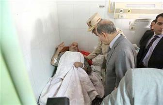 محافظ كفر الشيخ يطمئن على حالة طالب أصيب أثناء التدريب بالمدرسة المعمارية الزخرفية | صور