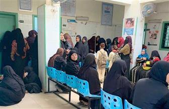 إقبال المواطنات على حملة الفحص والكشف المبكر عن سرطان الثدي في أسوان | صور