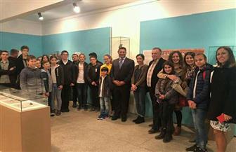 مدرسة صربية تخصص مشروعات فصولها الدراسية لحضارة مصر القديمة والمعاصرة | صور