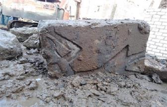 «الآثار» تبدأ أعمال الحفر بالقرب من معبد بتاح بمنطقة ميت رهينة | صور