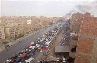 كثافات مرورية على الطريق الدائري بسبب اشتعال النيران بسيارة محملة بالسولار في الخصوص