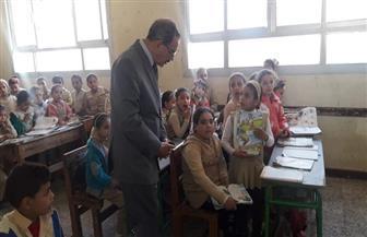 محافظ كفرالشيخ يتفقد عددا من المدارس والمنشآت الخدمية والحيوية بقرية إسحاقة | صور