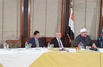 """وزير الإنتاج الحربي في ندوة """"الشأن العام"""": فهمنا السياسة من """"الأهرام"""".. والتوعية أهم أدوات حماية الأمن القومي"""