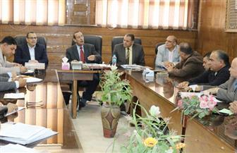 محافظ شمال سيناء يوجه بسرعة صرف التعويضات للمزارعين بالعريش ورفح والشيخ زويد | صور