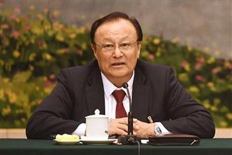 حاكم إقليم شينجيانج الصيني: مشروع القانون الأمريكي تدخل سافر في شئون بكين