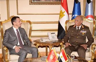 الفريق أول محمد زكي القائد العام للقوات المسلحة يلتقي وزير دفاع جمهورية الجبل الأسود