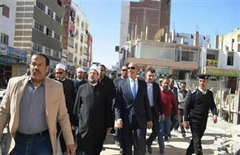وزير الأوقاف ومحافظ البحر الأحمر يتفقدان إنشاءات مسجد الدهار بالغردقة | صور