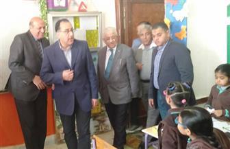 رئيس الوزراء يتفقد مدرستين في أسوان