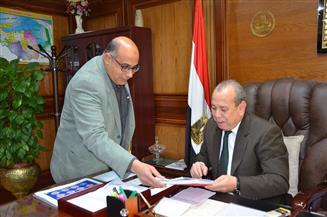 محافظ كفرالشيخ يقرر تشكيل لجنة لتوحيد رسوم ومستندات الخدمات