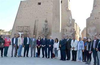 وزيرة السياحة في جولة تفقدية بمعبد الأقصر