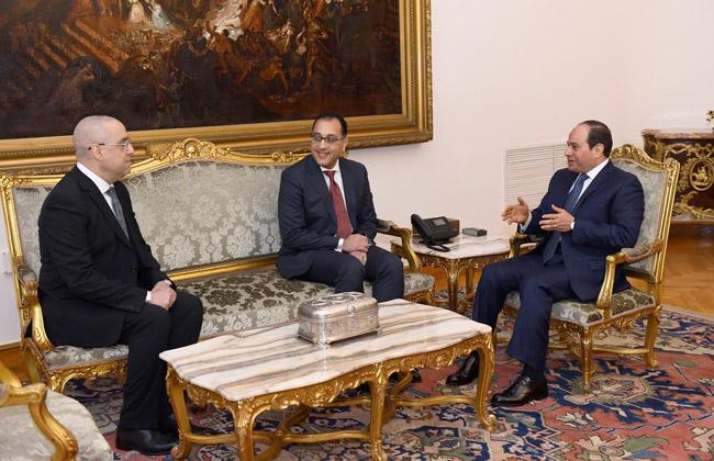 تفاصيل اجتماع الرئيس السيسي ومدبولي ووزير الإسكان الجديد -