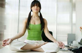 """""""الثقافي الهندي بالقاهرة"""" يفتح الباب للاشتراك في دورات تعلم اليوجا"""