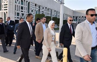 وزيرة الصحة تصل إلى مطار الأقصر الدولي لبدء جولتها بالصعيد | صور