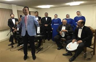 فرقة الأنفوشي للموسيقى العربية تحتفل بعيد الحب مع المسنين في دار أحمس | صور