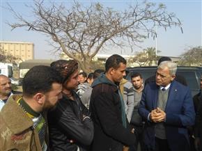 محافظ المنوفية يوجه بسرعة رفع آثار حادث انقلاب سيارة بمدخل مدينة السادات |صور