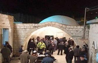 """إصابة 10 فلسطينيين خلال اقتحام مستوطنين """"مقام يوسف"""" بنابلس وتوتر في الأقصى"""
