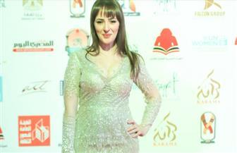 سناء يوسف تخطف الأنظار في افتتاح مهرجان أسوان لسينما المرأة | صور