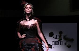أثواب من الشوكولاتة في عرض أزياء ببلجيكا