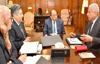 وزير التنمية المحلية يستعرض مستجدات منظومة المخلفات الصلبة في 3 محافظات |صور