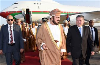 نائب رئيس الوزراء العماني يصل شرم الشيخ.. ويرأس وفد السلطنة بمؤتمر القمة العربية الأوروبية
