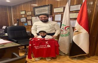 """بعد أيام من تلقيه هدية محمد صلاح.. وفاة """"زياد"""" من مرضى """"أطفال المنصورة"""""""