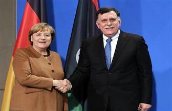 السراج وميركل يتفقان على أهمية إنهاء التنافس الدولي والتدخلات الأوروبية السلبية في ليبيا