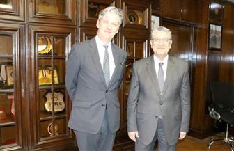 شاكر وسفير بريطانيا يبحثان التعاون في مشروعات الطاقة المتجددة وتوليد الكهرباء من المخلفات