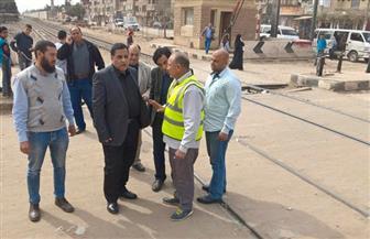 جولة مفاجئة لرئيس السكك الحديدية بخط القاهرة - شبين القناطر | صور