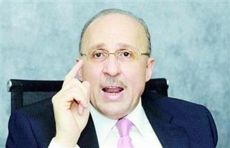 وزير الصحة الأسبق: ناقشنا مع الوزراء محاولة سد عجز الأطباء بالمحافظات