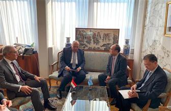 وزير الخارجية يلتقي مدير عام منظمة الصحة العالمية.. ويؤكد حرصه على التعاون بين الجانبين | صور