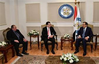 وزير التجارة الروماني: هناك دعم حكومي قوي لتعظيم التعاون البترولي مع مصر  صور