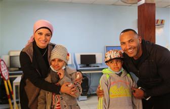 الإعلامية لمياء عبد الحميد والكابتن نور خطاب يزوران المعهد القومى للأورام فى اليوم العالمي للسرطان