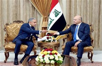 السفير المصري يسلم الرئيس العراقي دعوة للمشاركة في مؤتمر القمة العربية – الأوروبية