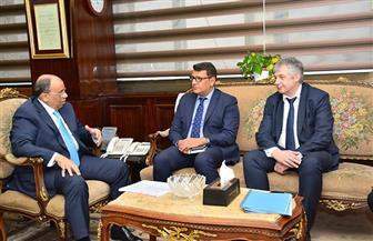 وزير التنمية المحلية يلتقي وفد البنك الأوروبي لإعادة الإعمار لبدء تنفيذ اتفاقية تنقية مصرف كيتشنر   صور