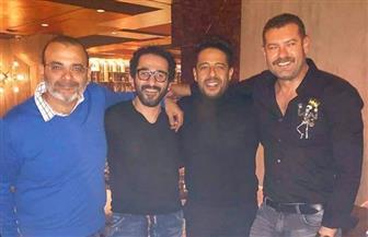 """عمرو يوسف وقمر وحلمي يحتفلون بألبوم"""" كل يوم من ده"""" لحماقي"""