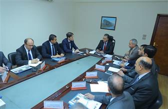 """وزير النقل يلتقي وفد """"سيمنس"""" العالمية لمتابعة تنفيذ مشروع تحديث نظم إشارات السكك الحديدية"""
