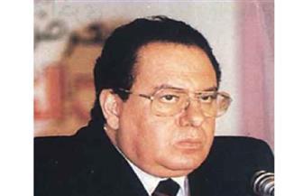 اللجنة العليا لمعرض الكتاب: لا يوجد تكريم يوفي سمير سرحان حقه