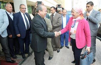 وزيرة البيئة ومحافظ كفر الشيخ يشهدان مراسم تسليم معدات برنامج إدارة المخلفات الصلبة | صور