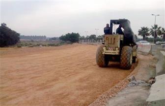 بدء تطوير طريق مطار برج العرب استعدادا لبطولة أمم إفريقيا   صور