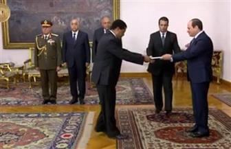 سفير مصر بأديس أبابا يهنئ نظيره بالقاهرة.. ويؤكد: لن ندخر جهدا لتوطيد العلاقات